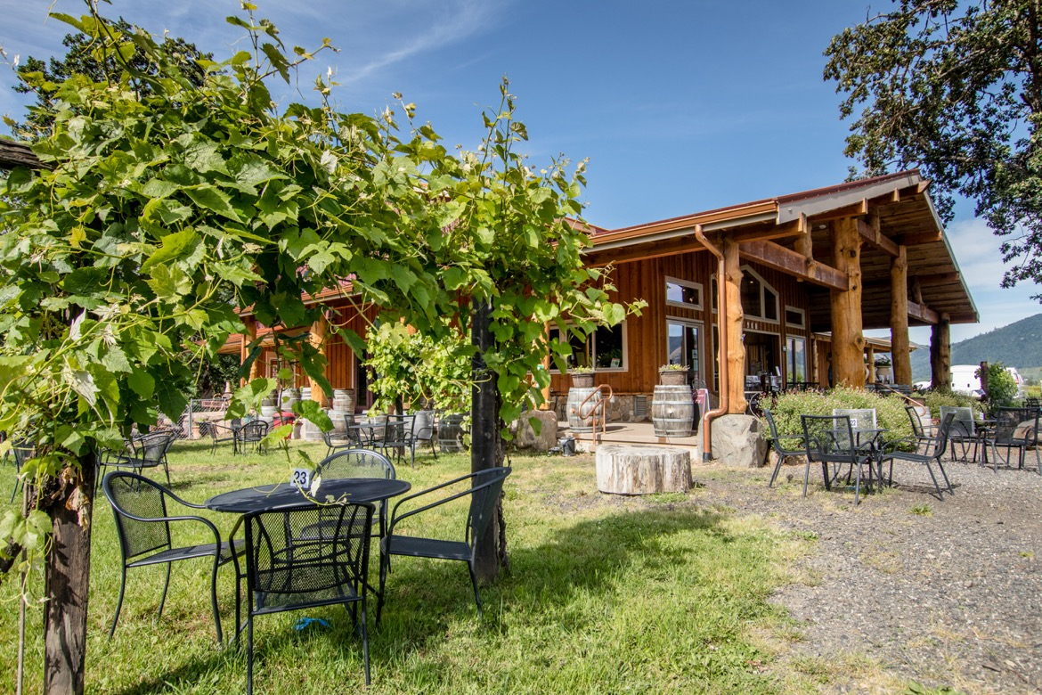 Hood Crest Winery and Distillers is one of the best wineries in Hood River Oregon