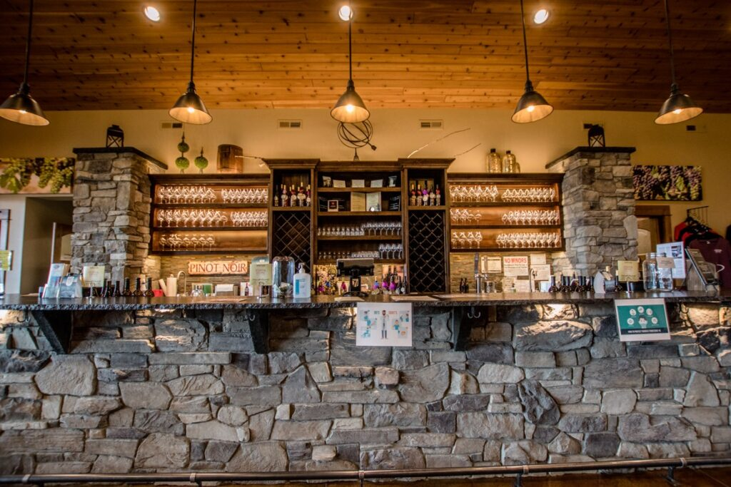 Stave & Stone Wine Estates is one of the best wineries in Hood River Oregon