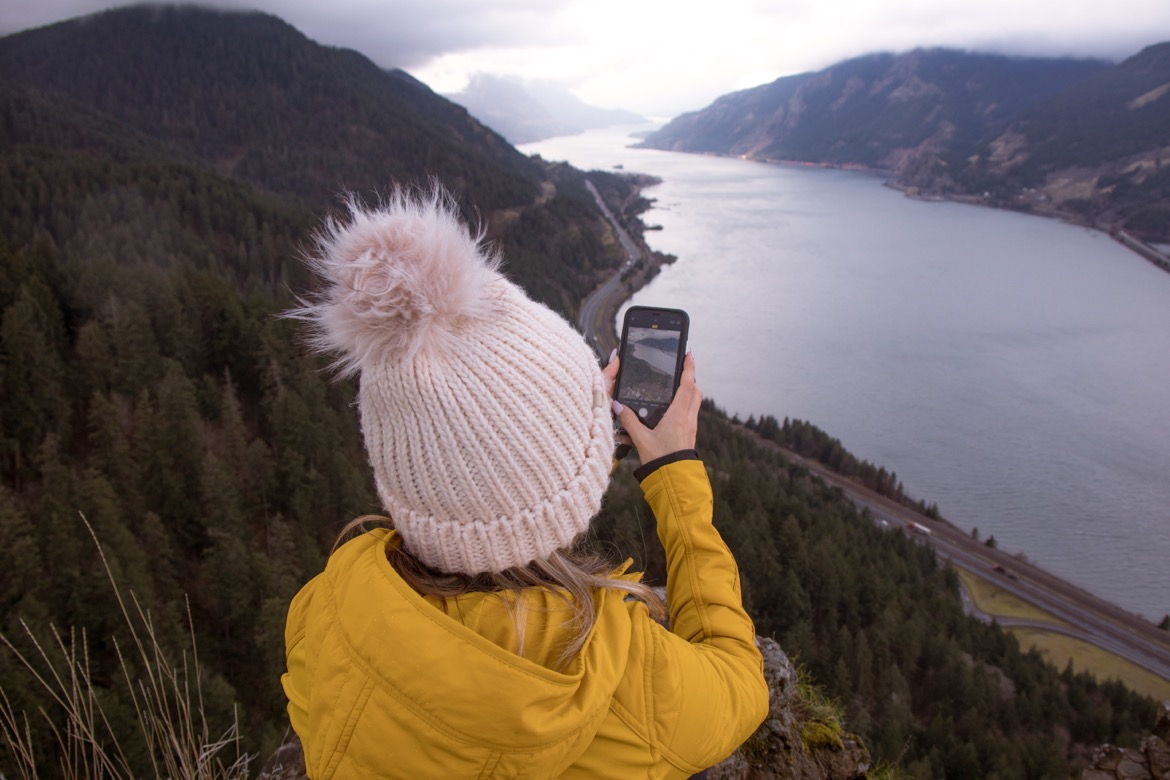 The Mitchell Point trail is one of the best hikes near Hood River, Oregon
