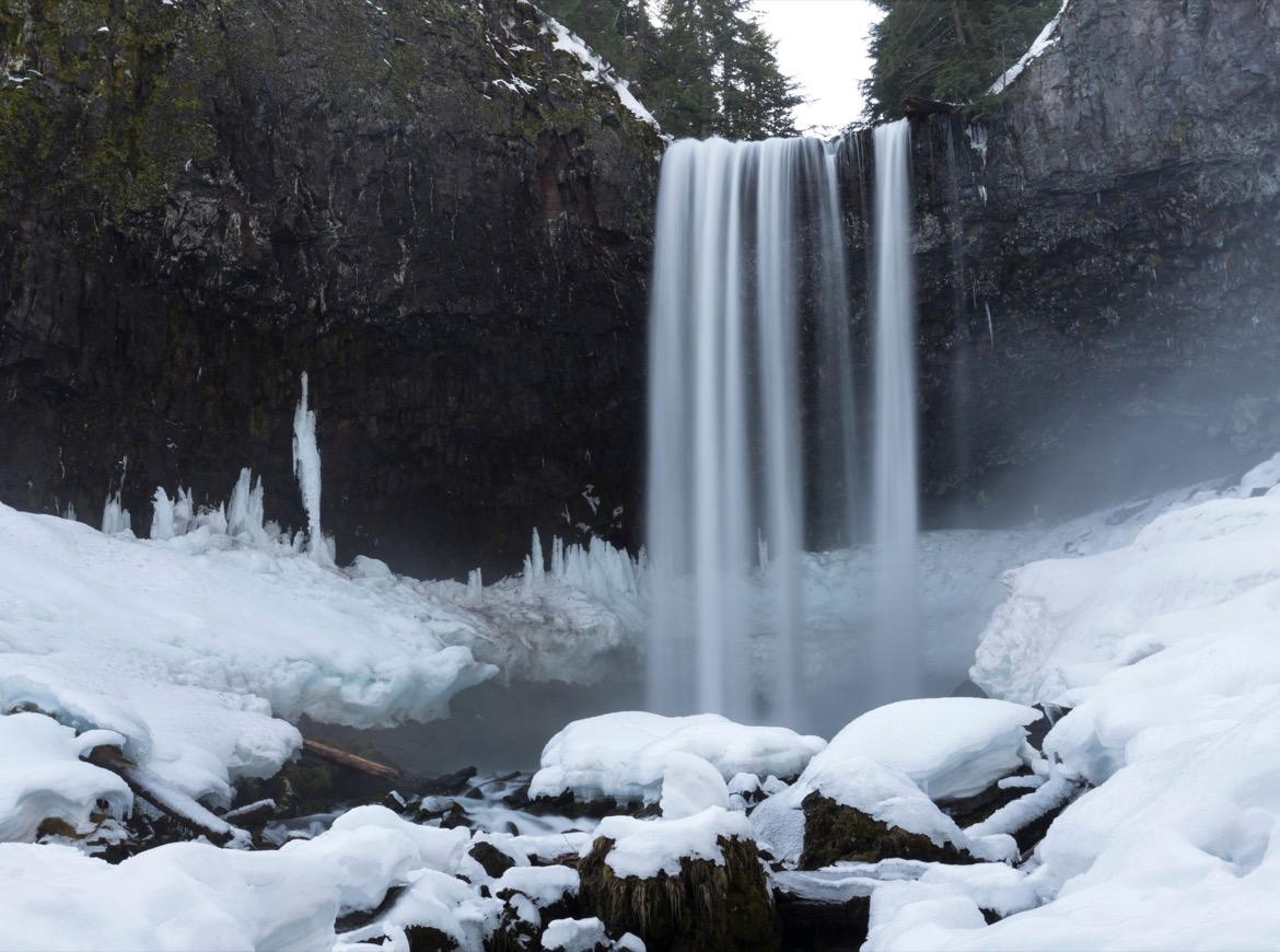 Tamanawas Falls is one of the best things to do on Mt Hood in winter