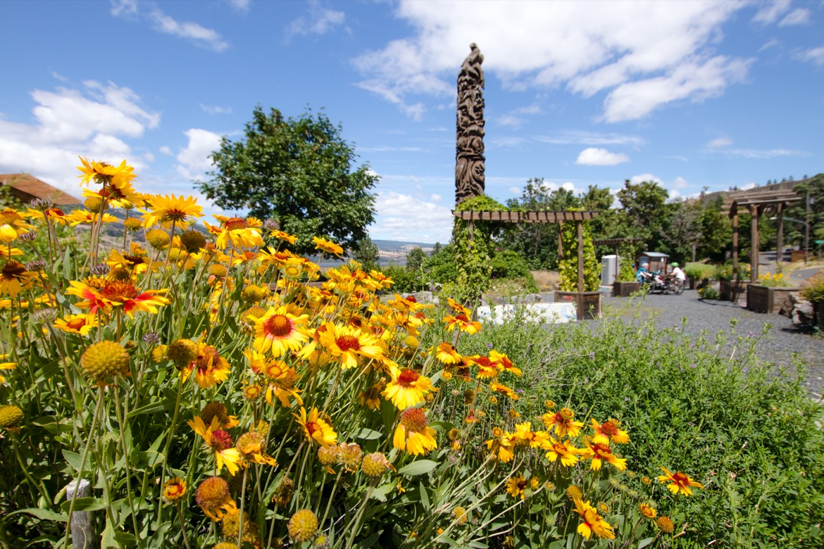 The plaza in Mosier Oregon